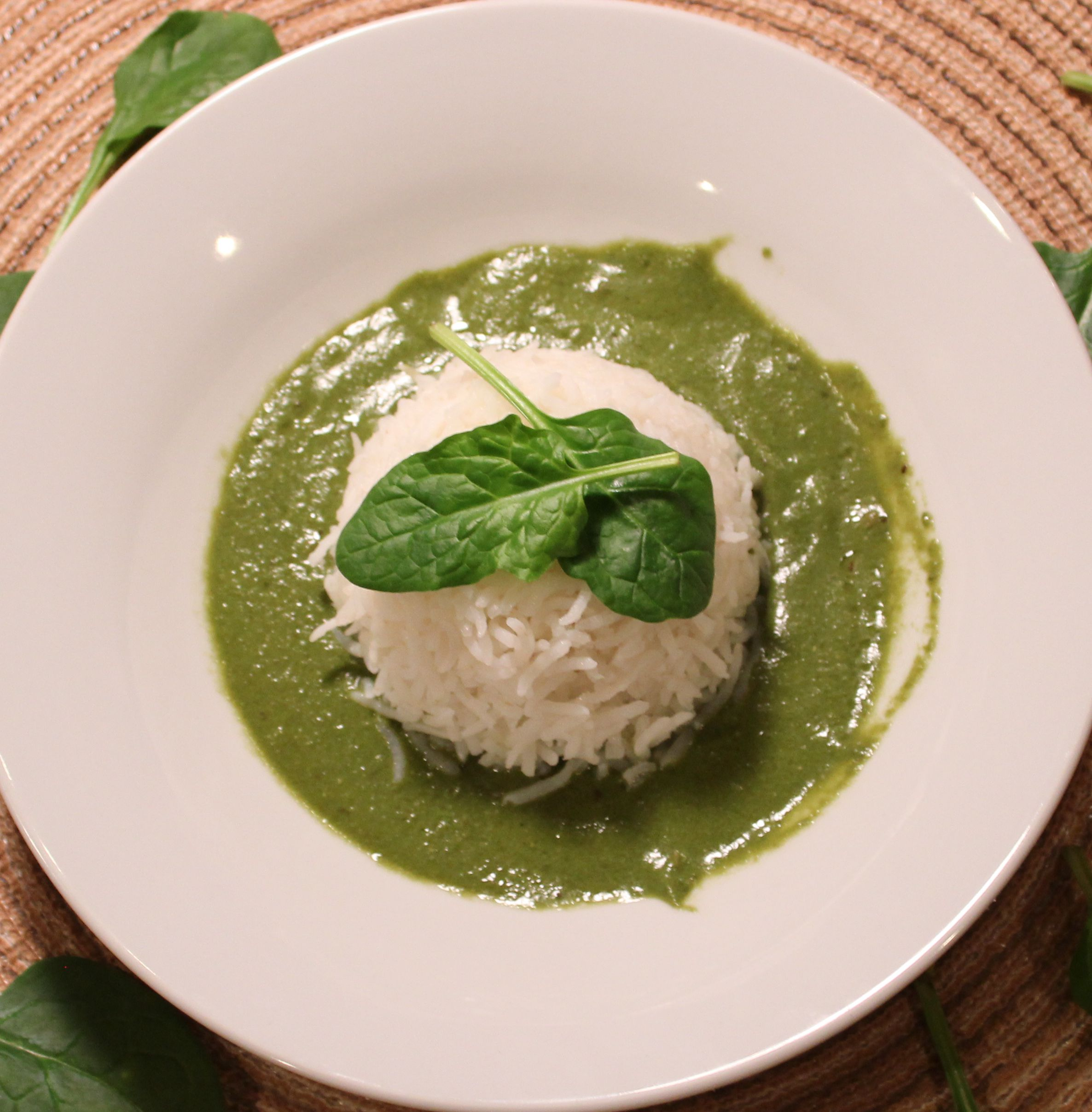 Spinach yogurt curry