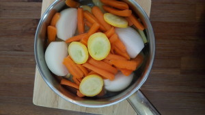 Yello Squash and carrot soup 04